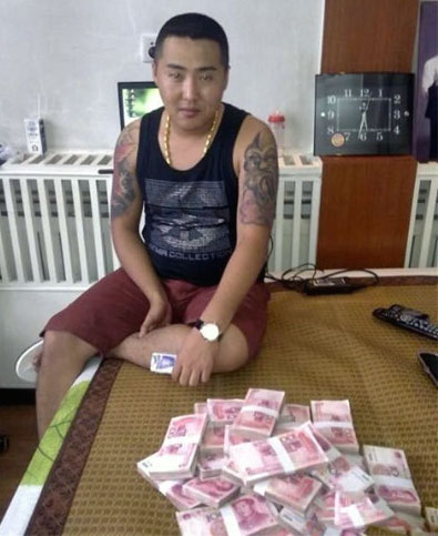 chinese-gangster-phone-pics-6